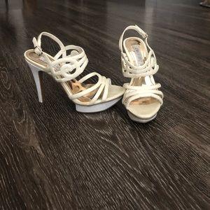 Jennifer Lopez Beige Heel